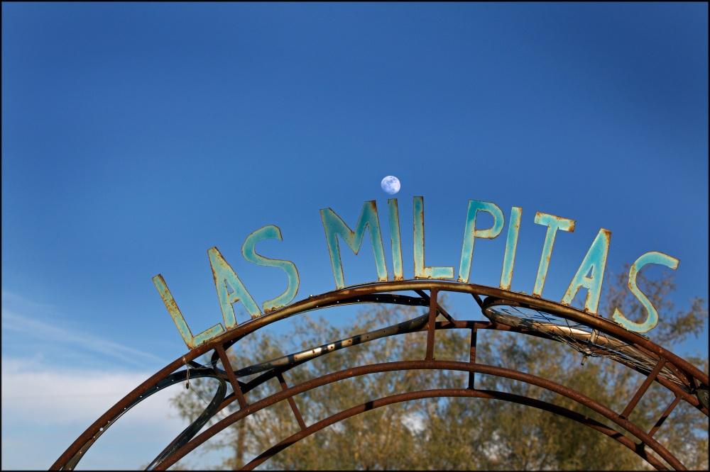 Las_Milpitas_Entrance_with_Moon_Lois_Settlemeyer.jpeg